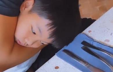 Hà Hồ khoe khoảnh khắc Kim Lý và Subeo tình cảm bên nhau như cha con ruột khiến ai cũng thích thú