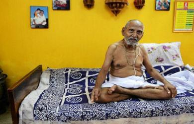 Bí quyết sống thọ của nhà sư hơn 120 tuổi: Nói không với gia vị và phụ nữ